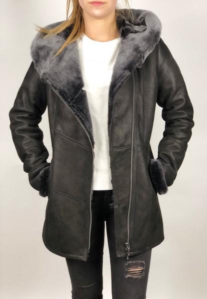 f40d8e84ed SOFIA női irhakabát fekete – Bőrkabát és bőrdzseki a gyártótól