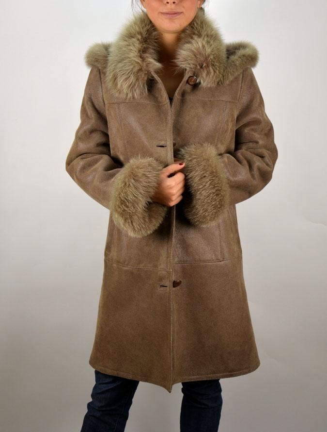 MIRA kapucnis női irhabunda – Bőrkabát és bőrdzseki a gyártótól 5c5354496a